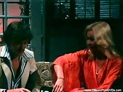 gain kick sexi video Porn Facial From 1974