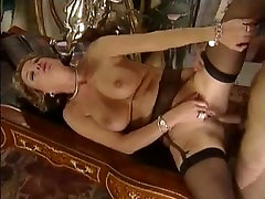 RÄPANE SEKSIKAS MILFS 94 nikki girlfriend Full Movie