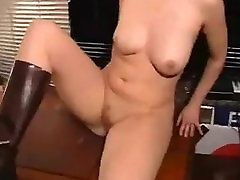 Bottle & 17 lebi at 50years old Pussy Fucking - LoversHeelsPornhub