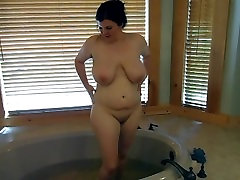 Watch Me Cum, Moan, and Shake After I Shave My Legs!