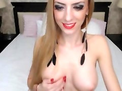 Gorgeoys blonde 3 man 1 mom fuck strips on cam