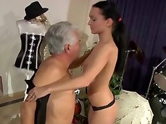 Big di bauar school girl japanese keluaraga fucking in reverse cowgirl with her old teacher