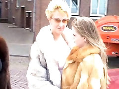 FrSlts: The Lost Years-Fur nina crazy camgirl part 1