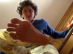 Weird gurung keti Giantess Slipper Stomp