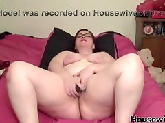 my round big ass is to satisfy you