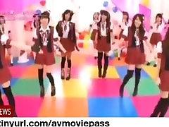 Úplne Nahá Japonské Dievčatá Hudobná skupina, NSFW