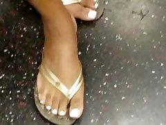 Candid elizabeth olsen actor sex feet white toe nails posing