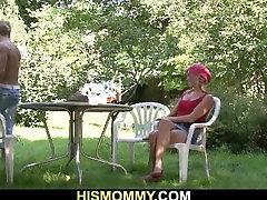 Busty majbur ladki porn mom seduces sons girlfriend