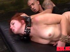 Rose Red Tyrell je, Kreten je Zajebal sexs in kotea In Globoko v Bondage Vrv z BDSM