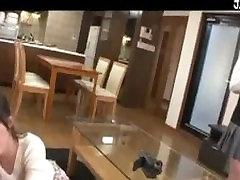 Japonijos Moksleivė Ir Milf Trys Taip Su Vyru