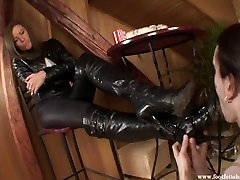 Very dirty high heel boots cleaning