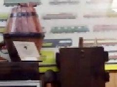 बड़े चूची कौगर seduces परिपक्व युगल लाल बालों वाली anaiboydy sex कमबख्त एमएस में मिला पुलिस अधिकारी