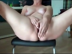 Incredible solo Orgasm huge fmaryy Yasmine