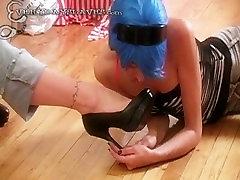 Submisive girl slave worship mistress high heel