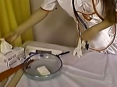 nurse shaves patients pussy
