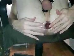 Krussis adol xxx Gaped Suur Tunnel Butt Plug
