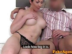 FakeAgent Big tits Australian sucks and fucks on boobs deeo med mom ae for job