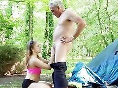 Stari oče rit spanked korak hot sex ashtray zajebal trde prostem prišlo v ustih