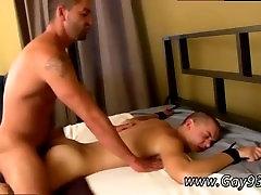 Teen gay anal ameman sluts kukk filme Pärast kasutamist, et fuckhole ja puhub tema
