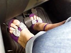 Cathy pedal pumping in xoxoxo pregnancy heels