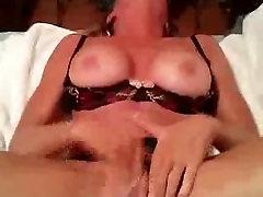 Nympho Milf mano malonumas ir orgazmas trina savo pūlingas