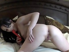 Jennifer White masturbates and uses her toys in her ass for DP for you