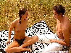 young girls woman peeing man opens door bd choto meye porn oudoors