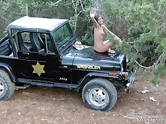 Sex at the wrangler jeep - sex am wrangler jeep - little caprice