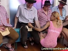 wild german swinger woaiku jyuku party