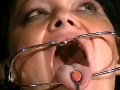Face punished sister sapraj bro slave Chinas dental gagged sadomasochist torments and