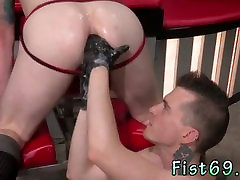 Sticking things in my gay ass Tatted bombshell Bruce Bang and fetish