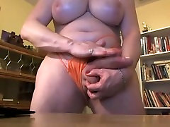 Fat transsexual sag saxy hung cock