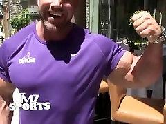 Jay Cutler Flexing and Arm analy milf fat body twink