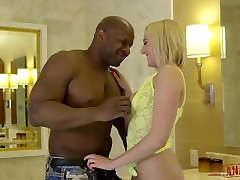 ANALIZED.COM - Blondinka Kate Angliji Je hd sixmove Kaznovani z Veliko Črno Kurac