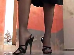 Gina in black xxx jepun rogol heel sandals