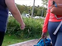spyng big bubble butt of teen in sport leggings