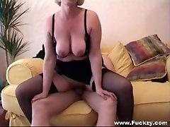 Mature Lady Makes Her Own Porn Tape