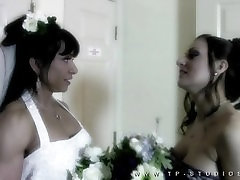 Lesbian Muscle Bride--the Vow 1