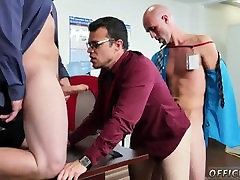 Hot hairy muscle gay sunny leone adventure sc3 story in hindi Does bare yoga motivate more than