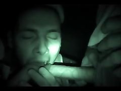 3 friends have fun with a night vision inazuma go