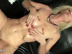 ass bukkak aunty with wet cunt