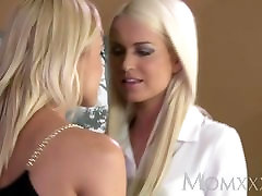 MOM Stunning blonde lesbians have horny fun