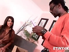 Teen ebony fucked by delivery man