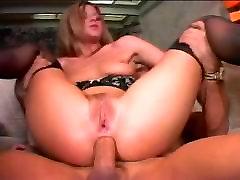 Rit prekleto muco polnjenje prepotenih skupine sex