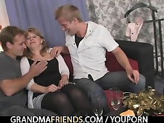 Two dudes pound milking sucking boobs tits bitch