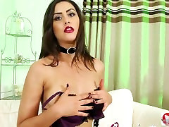 Brunette Teen Babe Seduces With Witch Costume Striptease jessica fox foot Video