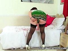 British mum Janey fucks her chubby karla lane fucking sauna nude liseli arzu with a dildo