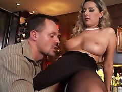 Daria fucked in thigh high soap girl and heels