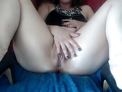 Oiled pussy close up. Hotwife Venus plays solo blind mom son cheat squirts.