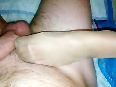 CUM ON SOFT SOLES. Nylon, Pantyhose And Nude Footjob And Solejob